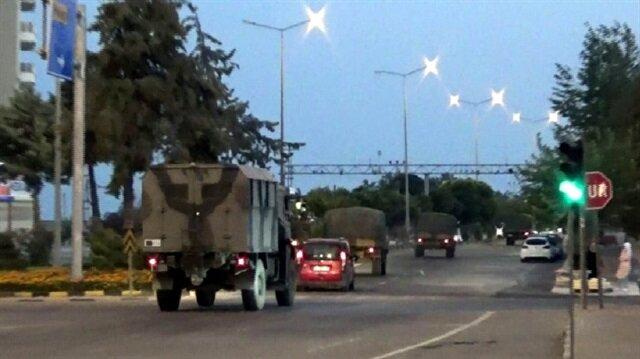 TSK'dan Münbiç ve Tel Rıfat sınırına askeri sevkiyat