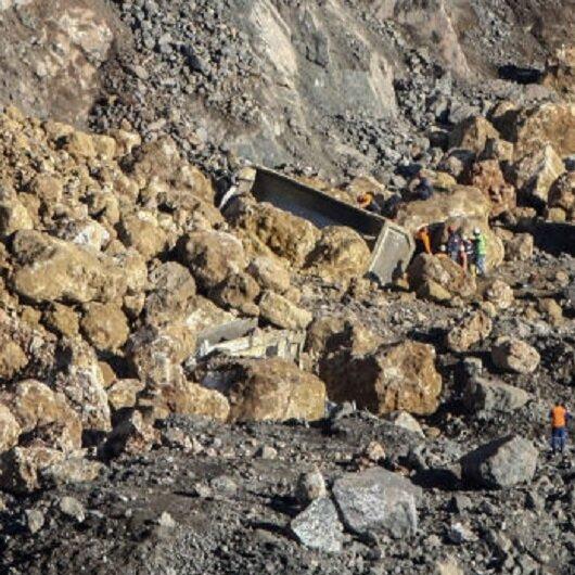 Artvin'de maden ocağında 4 işçi mahsur kaldı