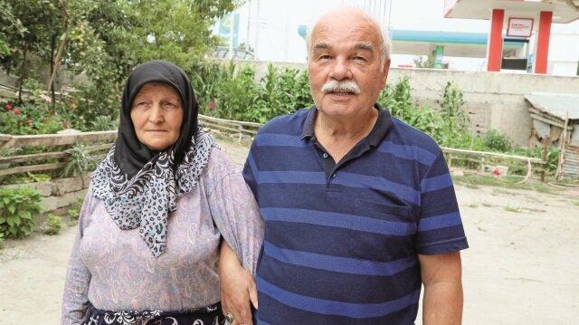 70 yaşındaki Sebahattin Yılmaz ile eşi Nurhan Yılmaz yaşadıklarını anlattı.