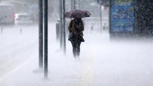 Meteorolojiden bazı illere şiddetli yağış uyarısı yapıldı.
