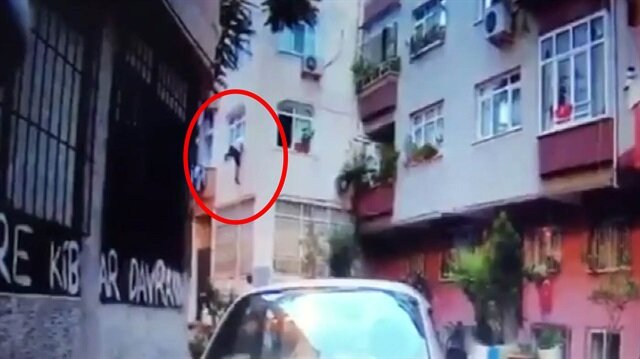 Zeytinburnu'nda pes dedirten hırsızlık kamerada
