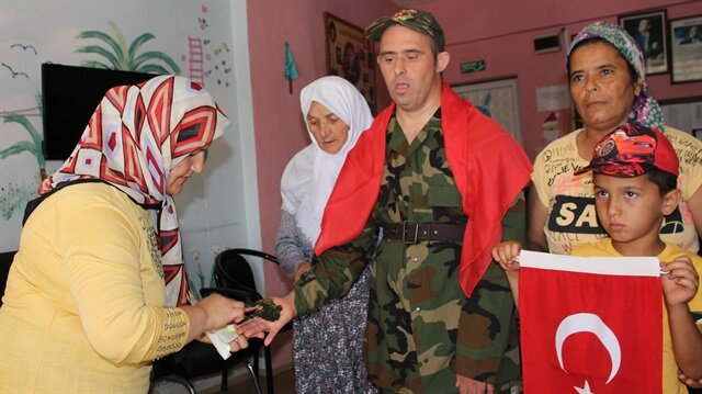 Down sendromlu Mehmet'in askerlik hayali gerçek oldu