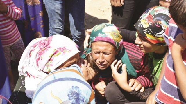 Salih ailesinin Ramazan Bayramı'nda da 13 yaşındaki kızları Esma'nın intihar etmesiyle evlat acısı yaşadığı öğrenildi.