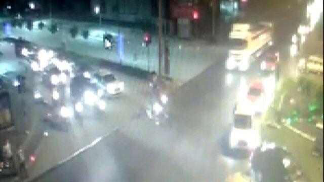 İki motosikletlinin öldüğü kaza kameraya yansıdı