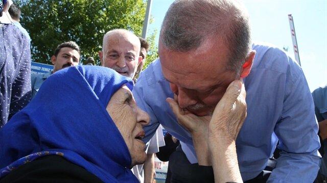 Başkan Erdoğan'a Çamlıca'da sevgi seli