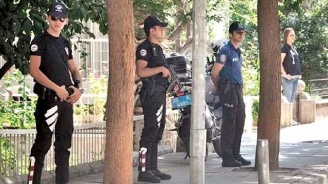 تحركات للموساد وCIA بجانب مقرّ احتجاز قس أمريكي في تركيا