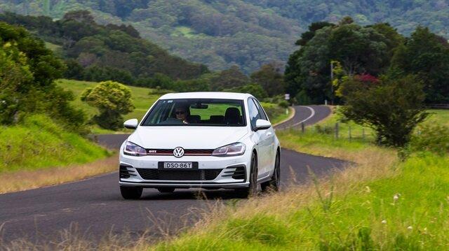Volkswagen bir ülkede daha binek araçlardaki dizel modellerini tamamen kaldırıyor.