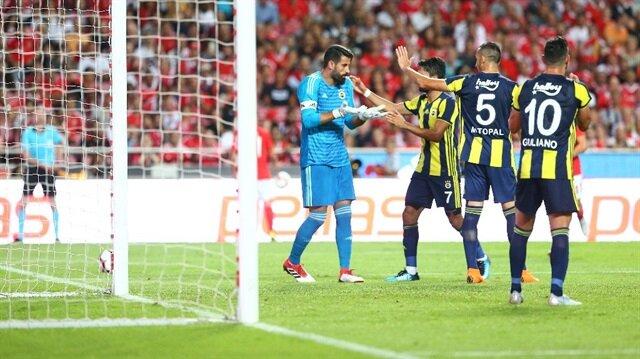 Fenerbahçe, Portekiz ekibi Benfica'ya deplasmanda 1-0 mağlup oldu.
