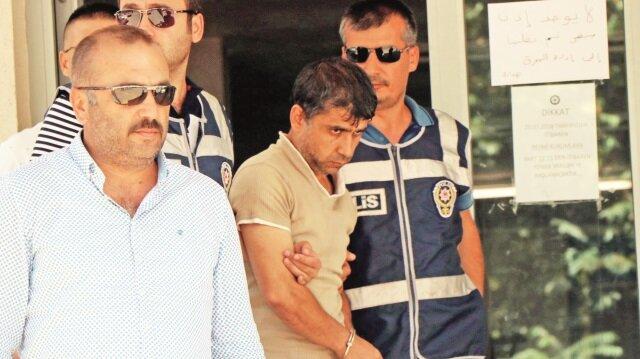 Emniyetteki işlemlerin ardından adliyeye sevk edilen seri katil Hamdi Kayapınar tutuklandı.