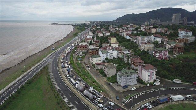 Samsun-Ordu Karayolu'nda araç geçişleri durdurulmuştu.