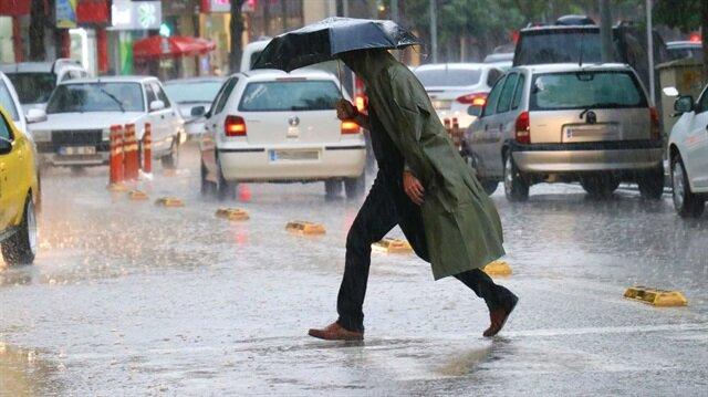 Bazı illere sağanak ve kuvvetli yağış uyarısı yapıldı.