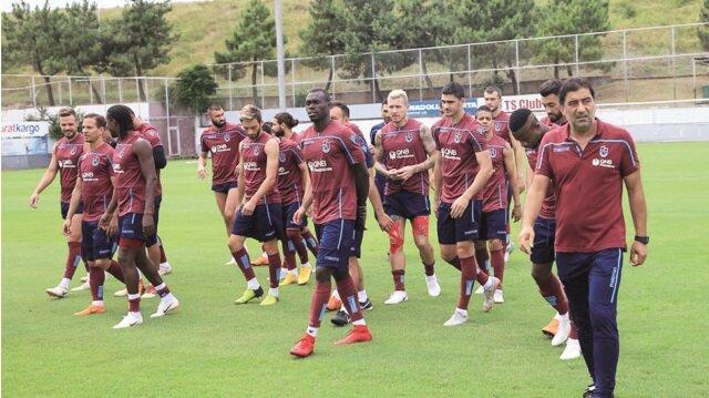 Trabzonspor, Süper Lig'in ilk haftasında deplasmanda oynayacağı Medipol Başakşehir maçının hazırlıklarını sürdürdü.