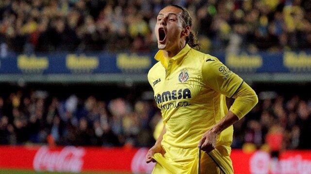 Enes Ünal Villarreal'de forma şansı bulmakta zorlanıyor.