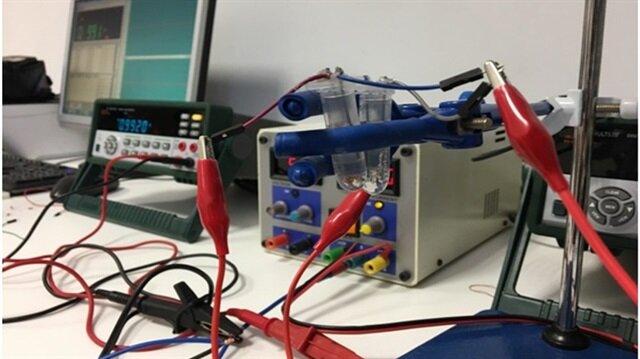 Öğrenciler su içindeki bakterileri tespit edecek cihaz tasarladı