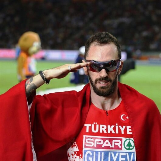 Altın madalyasını Mehmetçiklerimize armağan etti