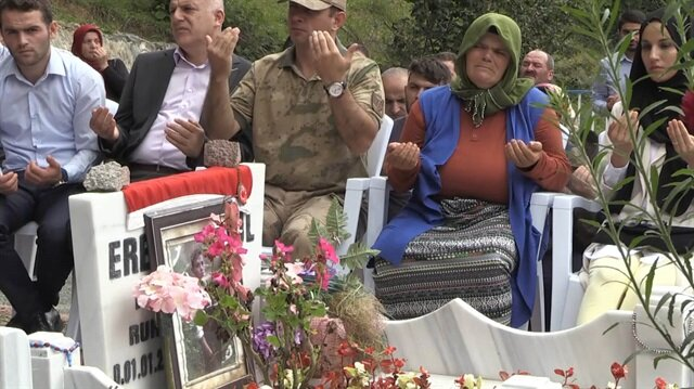 Eren Bülbül'ün şehadetinin ilk yıldönümünde gözyaşları sel oldu