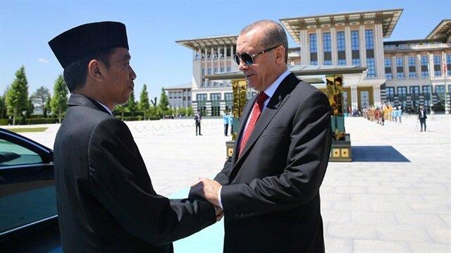 Cumhurbaşkanı Erdoğan, Endonezya Cumhurbaşkanı Joko Widodo ile daha önce Ankara'da görüşmüştü.