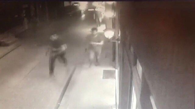 Cihangir'de silahlı saldırı anı kamerada