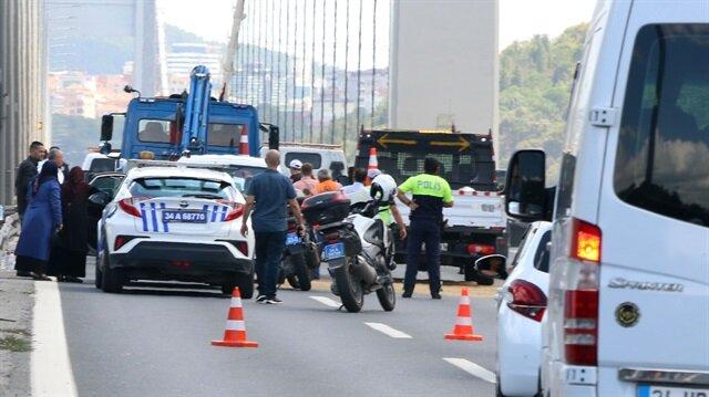 FSM girişindeki zincirleme kaza trafiği kilitledi.