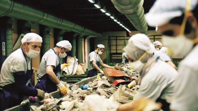 Odayeri ve Kömürcüoda'da kurulu tesislerde işlenen çöplerden son 1 yılda 400 milyon kilowatt saat yenilenebilir enerji üreterek hem milli ekonomiye hem de çevreye önemli katkı sağlandı.