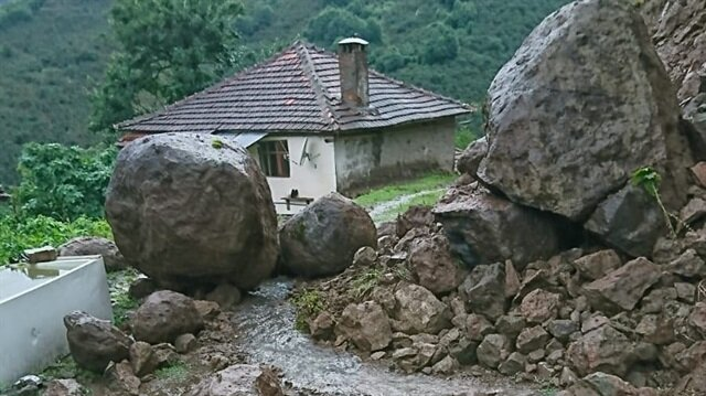 Orduda 18 ev boşaltıldı 33
