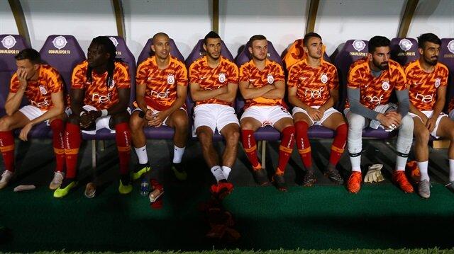 Galatasaray'da üç yıldıza 'kulüp bulun' resti