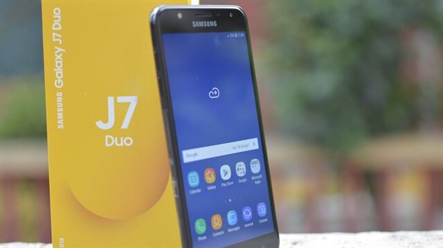 A101'den çift arka kameralı Samsung J7 Duo kampanyası