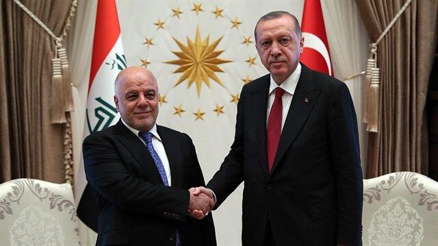 أردوغان يستقبل العبادي بالمجمع الرئاسي في أنقرة