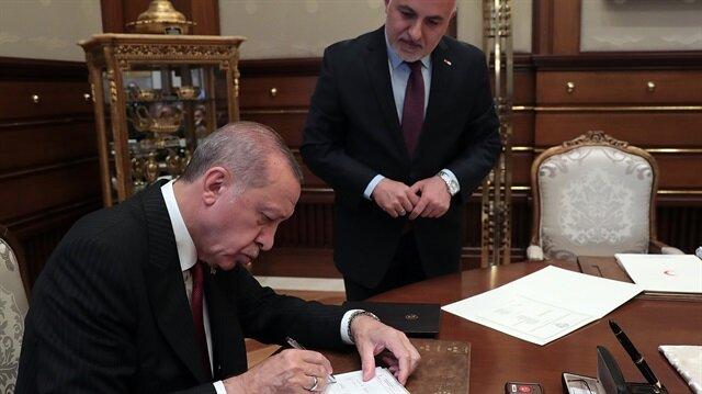 Başkan Erdoğan kurban bağışını Türk Kızılayına yaptı