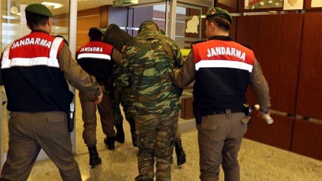 Yasaklı bölgede yakalanan iki Yunan askeri serbest bırakıldı