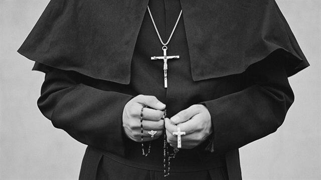 ABD'de katolik rahipler binden fazla çocuğa cinsel istismarla suçlanıyor