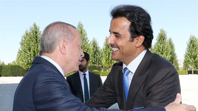 Başkan Erdoğan'dan Katar Emiri Şeyh Temim'e sıcak karşılama