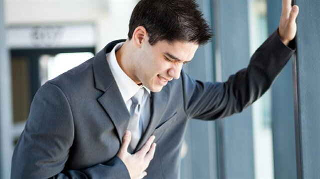 Uzmanlar, genç yaşta aşırı stresin kalp krizini tetiklediğini söyledi.