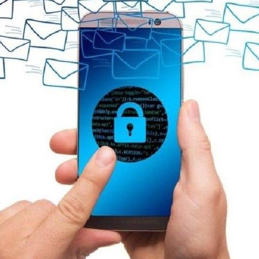 7 علامات تدل على أن هناك من يتجسس على هاتفك!