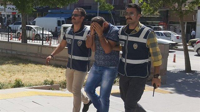Benzer suçlardan 24 ayrı suç kaydı olduğu belirtilen şüphelinin, ortak çalıştığı iddia edilen kişinin yakalanmasına yönelik çalışma başlatıldı.