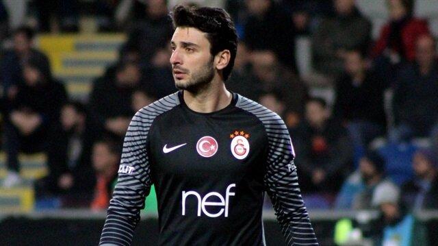 Cenk Gönen, Türkiye'de Beşiktaş ve Galatasaray formalarını da giymişti.