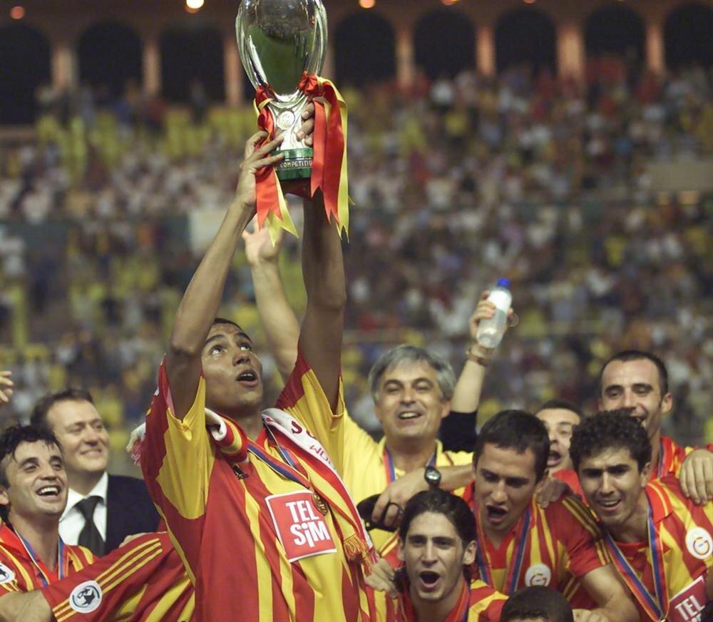 G.Saray, Real Madrid'i 2-1 mağlup ederek kupaya uzanmıştı.