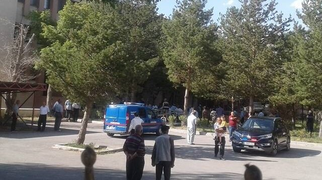 Erzincan'da silahlı kavga: 4 ölü 3 yaralı