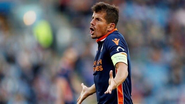 Emre Belözoğlu, Burnley maçında önemli bir çaba gösterse de yenilgiye engel olamadı.