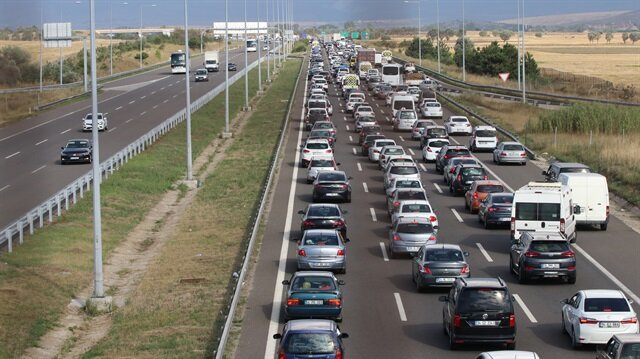 Gerede gişelerinde trafik kilitlendi