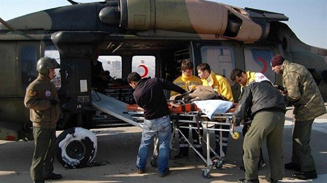 Askeri helikopter siviller için havalandı