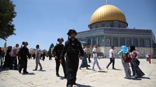 Israel reopens Al Aqsa mosque after closure