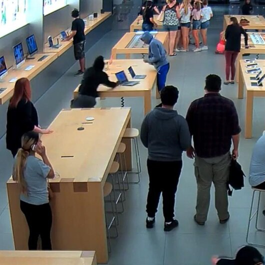Apple Store'da 20 bin dolarlık soygun yaşandı