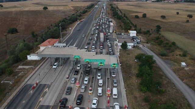 30 kilometre kuyruk oldu şoförler kontak kapattı