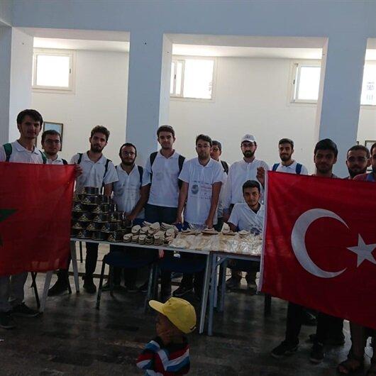 """متطوعو """"تيكا"""" يهدون 200 طفل مغربي ملابس تقليدية تركية للختان"""