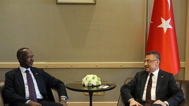 نائب الرئيس التركي يستقبل مساعد الرئيس السوداني