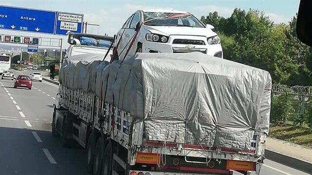 Trafikte ilginç görüntü...