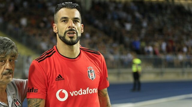 Beşiktaş Alvaro Negredo'yu Al-Nassr'a sattı