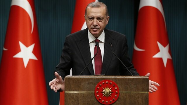 Erdoğan extends Eid greetings, says Turkey will overcome economic attack