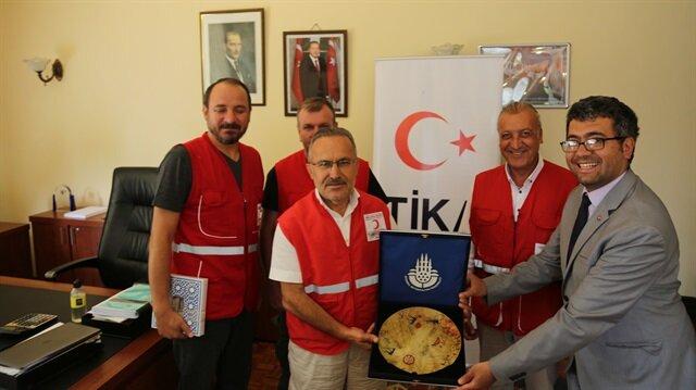 الهلال الأحمر التركي يوزع أكثر من 156 ألف حصة من لحوم الأضاحي